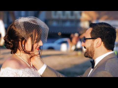 How a wedding photographer captures special moments