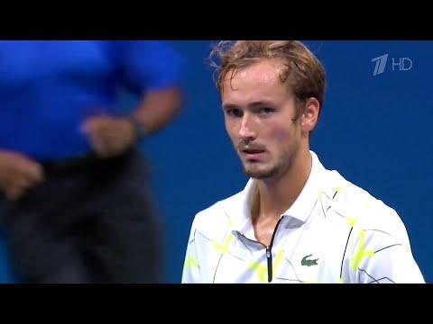 Первый канал покажет финал теннисного турнира US Open, в котором встретятся Д.Медведев и Р.Надаль.