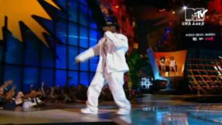 Repeat youtube video 50 Cent ft G-Unit ft Snoop Dogg -  P.I.M.P (live) (Eminem Intro)