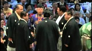 栃ノ心に続いて千代の国まで車椅子 aoiyama chiyonokuni sumo.