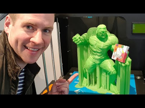 EPIC 3D PRINTER SUPERSTORE!! This place is a playground!
