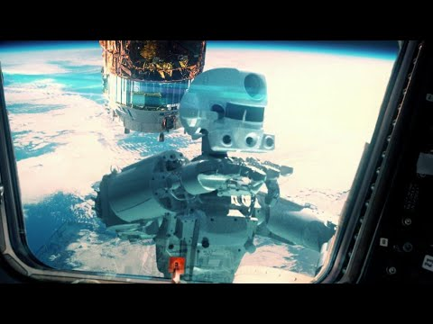"""Космический корабль """"Союз"""" с роботом """"Федором"""" на борту причалил к МКС."""