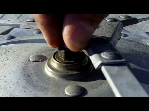 How I fixed our Noisy Roof Turbine Ventilator! - YouTube