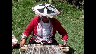 ペルー観光のダイニチトラベルが、アワナカンチャ(織物の城)を案内し...