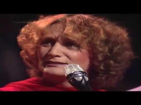 Nuova Compagnia di Canto Popolare - Tammurriata Nera 1981