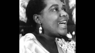 Bessie Smith-Need A Little Sugar In My Bowl