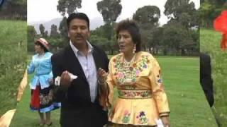 Estrellita de Pomabamba:  El Amor es de dos.  Primicia 2011.