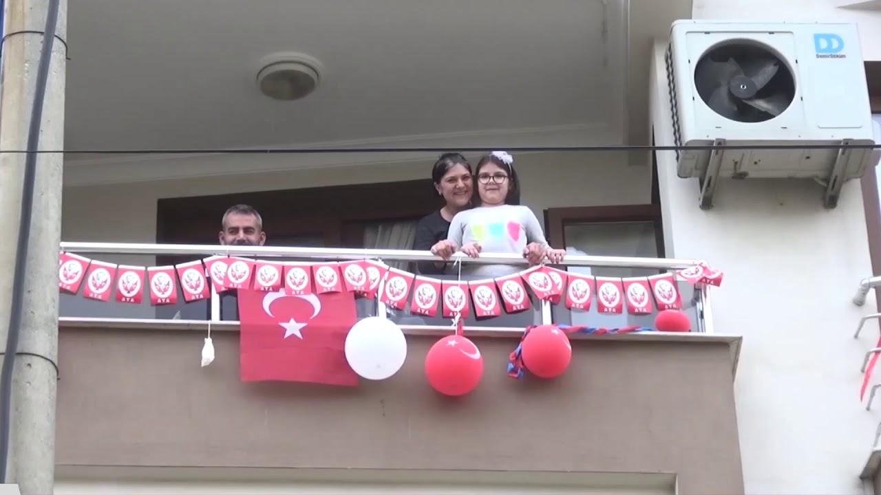 Kiraz'ın sokaklarında 23 Nisan'ı kutladılar