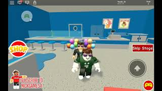 Interesting : an obby for 2 inexperienced players (Roblox)