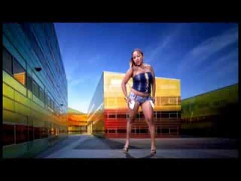 Lyli::Aza tia tegna clip gasy 2014