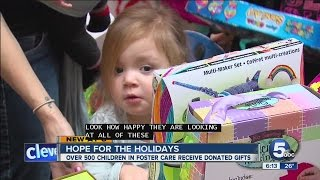 cuyahoga county children and family services host annual hope for the holidays event