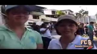 Daniela Alvarado y Su Mama Carmen Julia - Ejercieron su Derecho al Voto.