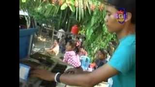 Organ Tunggal Triping Goyang Sengol by eeng