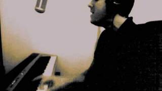 Download Use Somebody by Kings of Leon - PIANO AND VOCAL cover by tronious
