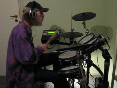 HTP DrumAlong -- Cold Funk By Kevin MacLeod