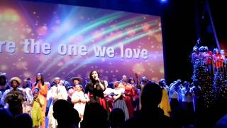 Watch Brooklyn Tabernacle Choir Amazing Love video
