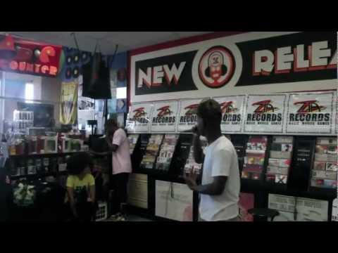 """Murs and Fashawn Perform Live """"This Generation"""" Album at Speedway (Tucson) Zia Records"""