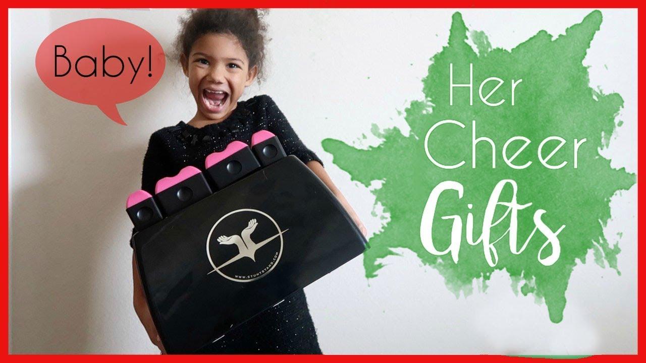 CHEER-FULL CHRISTMAS & WE\'RE HAVING A BABY! | VLOG 47 - YouTube