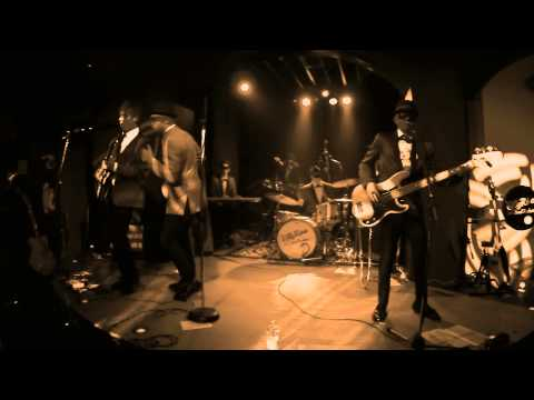Olly Riva & The Soul Rockets - Down On Me - @Black Hole (Milano) 22/02/2015
