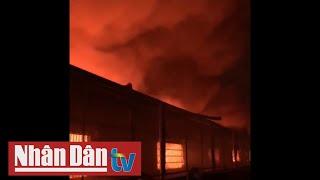 TP Hồ Chí Minh: Khu công nghiệp Tân Tạo cháy lớn trong đêm