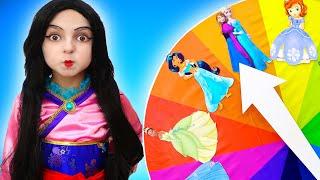 Elsa plays with Magic Wheel and Transforms into Mulan   Super Elsa