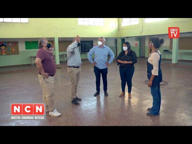 CINCO TV - Con fondos municipales, Tigre pone en valor jardines y escuelas públicas de la ciudad