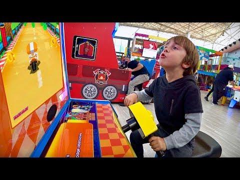 MARCOS NO PARQUE DE DIVERSÕES INDOOR PLAYGROUND FOR KIDS