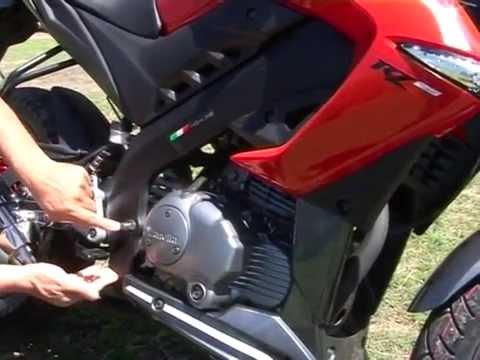 Test Ride Zanella RZ 25 Naked por Gustavo Morea - YouTube