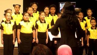Lagu Kanak-kanak Tradisional Malaysia di RTM Angkasapuri. Anaklah ayam