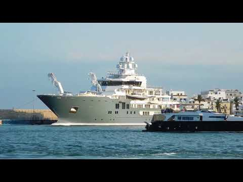MARINA IBIZA DOCKWALK WITH THE MEGAYACHTS