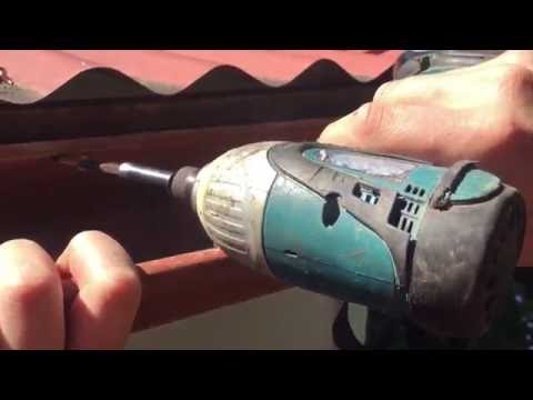 How to repair a falling down gutter