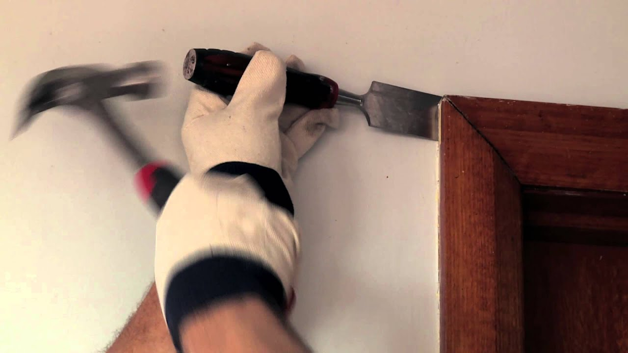 How To Remove Architraves - DIY At Bunnings