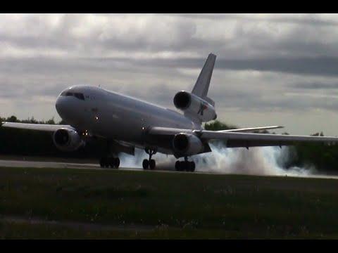 Amazing McDonnell Douglas DC-10 Landing