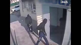 Ограбление сельского магазина в стиле Гая Ричи