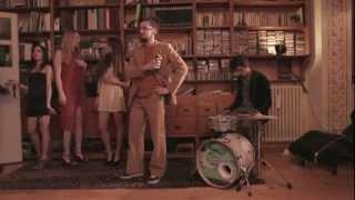 Selton - Piccola sbronza [feat. Dente] (video ufficiale)
