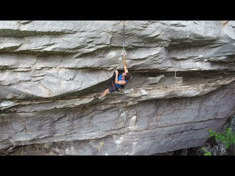 "Eric Hörst climbing ""The Pod"" at Summersville Lake, WV"