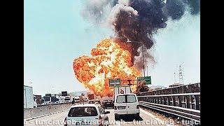 Bologna - Il tamponamento, l'incendio e la tremenda esplosione del tir