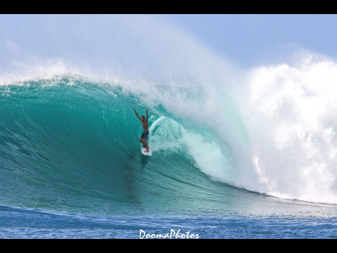 Big Wednesday Surfing Hawaii SONY 4K