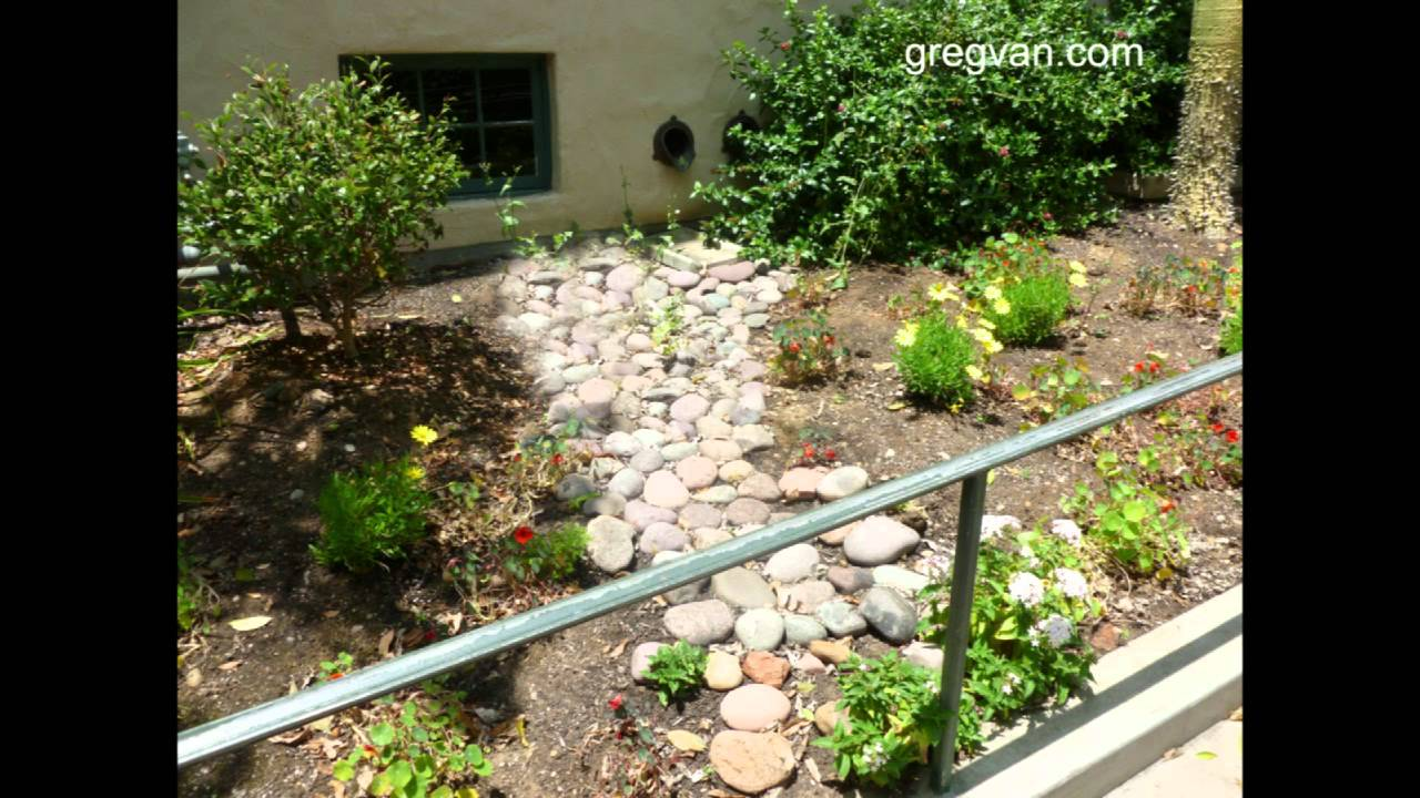 100 backyard walking paths pea gravel my gardener for Landscaping rocks fort myers fl