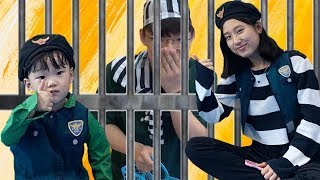 Pretend Play as COP LOCKED UP Regan in Jail Playhouse Toy for Kids   ! !!