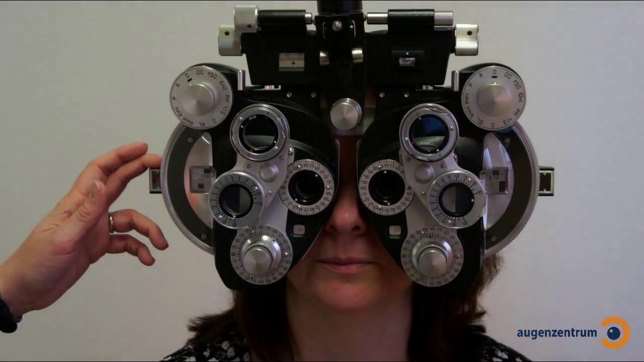 Sehstärkenmessung mit Phoropter - Augenzentrum in München