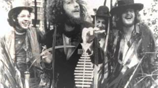 Watch Jethro Tull When Jesus Came To Play video