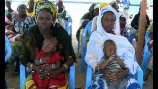 IEDA Relief et le HCR distribuent des actes de naissance aux réfugiés du camp de Minawao [Francais]