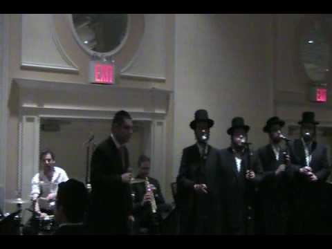 Dovid Gabay Singing Lo Ovo With Shira Choir And The Shloime Dachs Orchestra.mp4