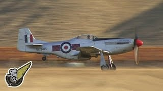 P-51D Mustang - WW2 Fighter in full HD