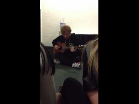 Ed sheeran / afire love acoustic / seattle private performance /-8/21