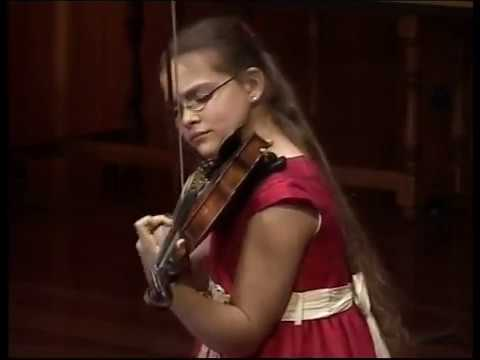Ellinor D'Melon (9) plays E.Lalo's Symphonie Espagnole