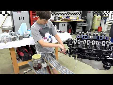 Harley builds a 327 Chevy Engine