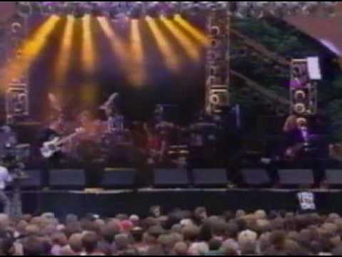 Siouxsie And The Banshees - Night Shift (Live 1993)