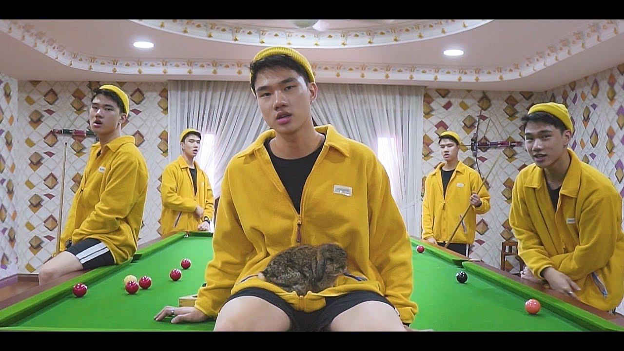 Johnson - Broke Rich Kids ft. Whodashi (Official Video)